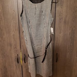 Forever 21 Houndstooth Dress